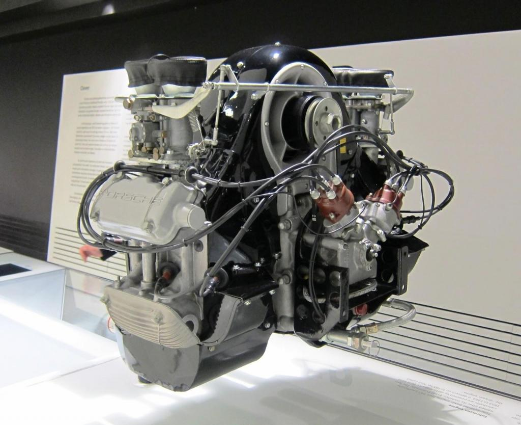 Porsche Air-cooled flat-four engine.jpg
