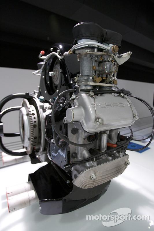 Porsche type 547 4-cylinder - b.jpg