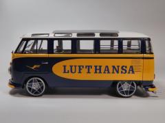 Samba Bus Lufthansa Revell 1/24