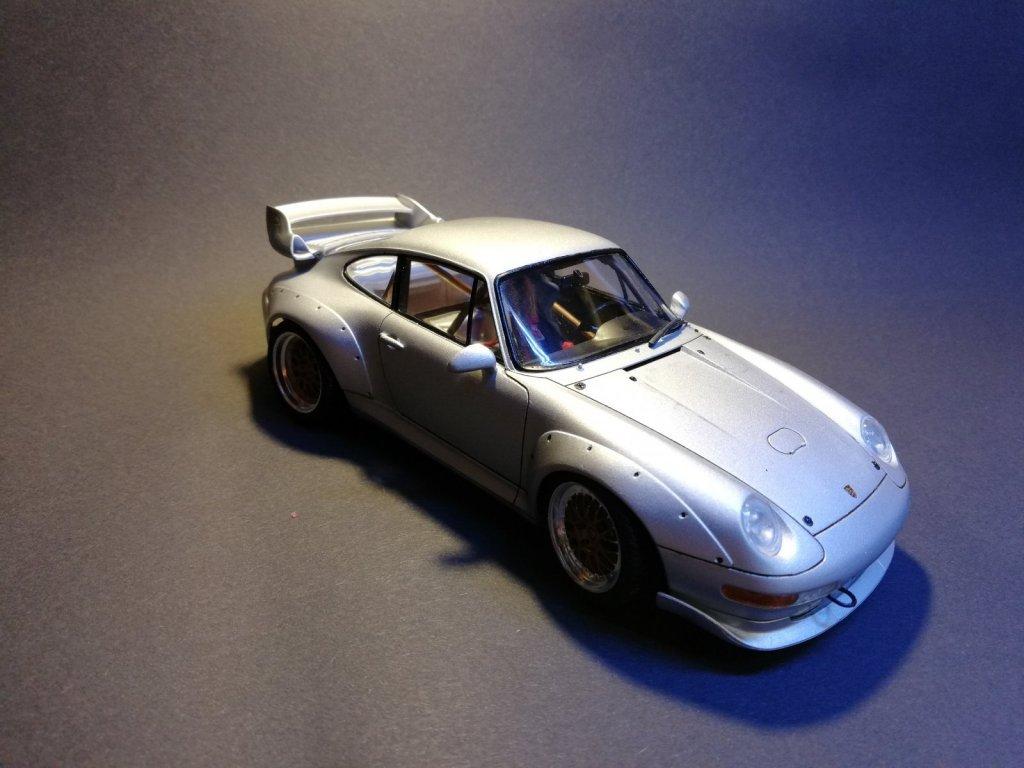 Porsche 911 GT2 Road Version Tamiya