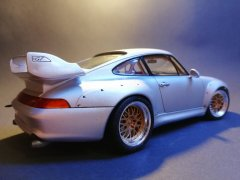orsche 911 GT2 Road Version