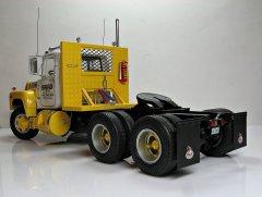 Mack R685ST