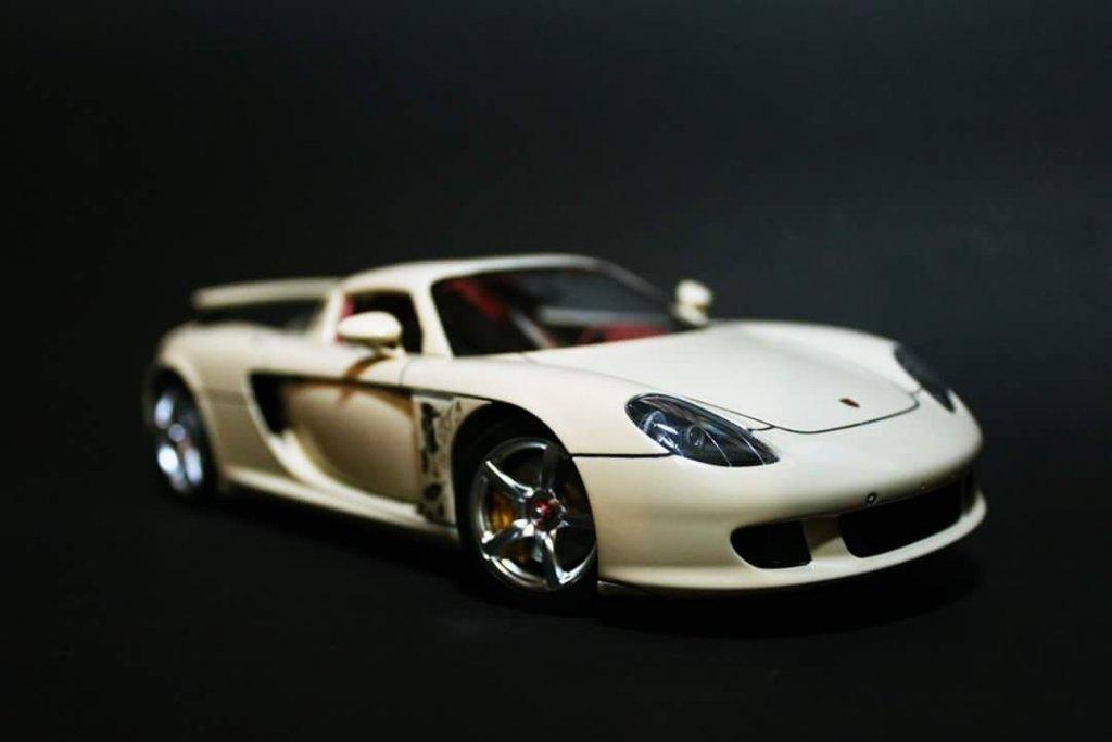 Porsche Carrera GT -TAMIYA