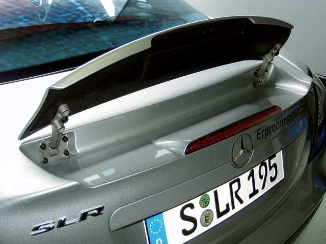 mercedes_benz_slr_mclaren rear_wing_view.jpg