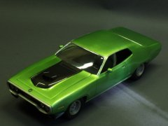 Plymouth GTX/Satellite '71 Monogram 1/24