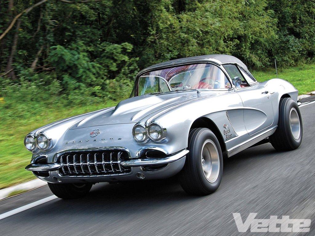 vemp-1301-06-1962-chevy-corvette-motion.jpg