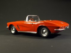 Chevrolet Corvette'62 (AMT 1/25)