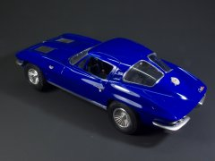 Chevrolet Corvette'63 (AMT 1/25)
