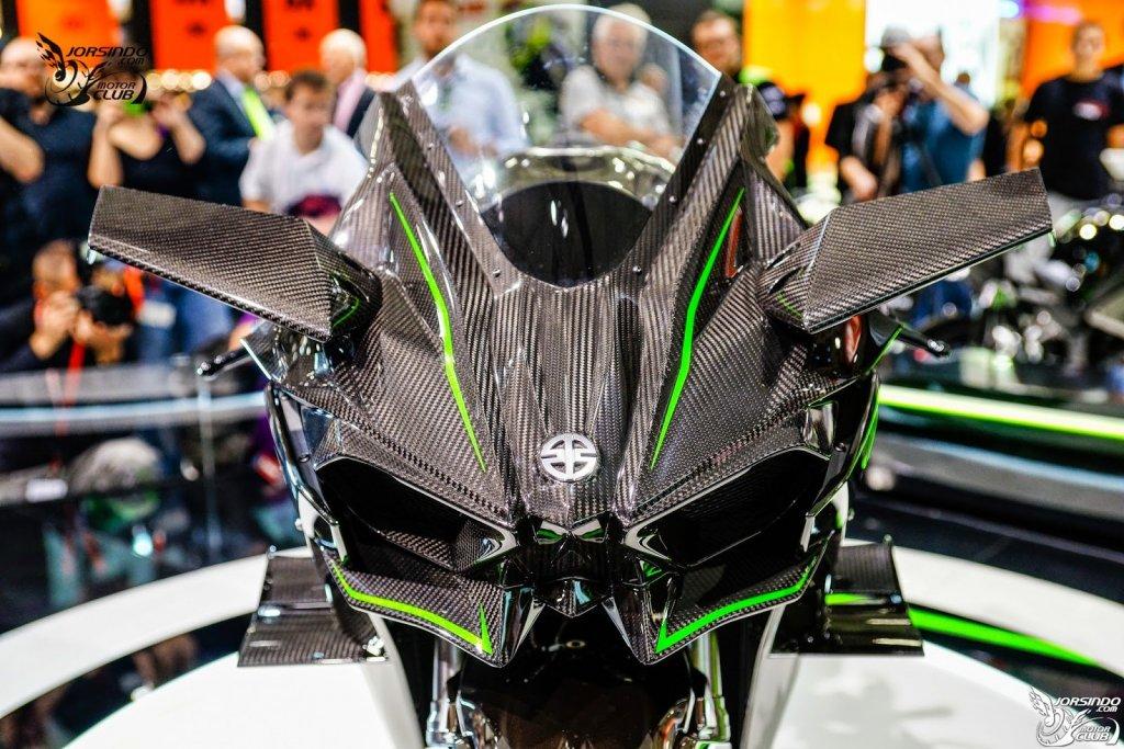 Kawasaki Ninja H2R Malaysia24.jpg