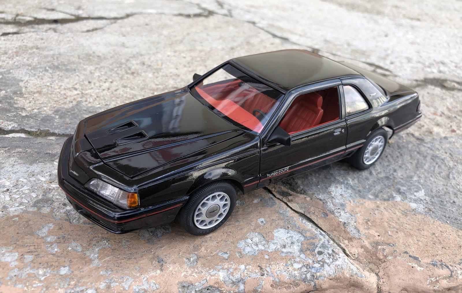1/24 Monogram 1987 Ford Thunderbird Turbo Coupe