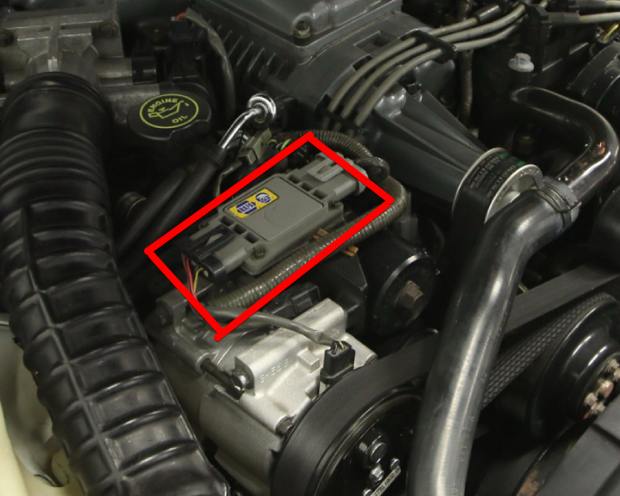1990 Ford Thunderbird Super Coupe Engine - a (3).j.png